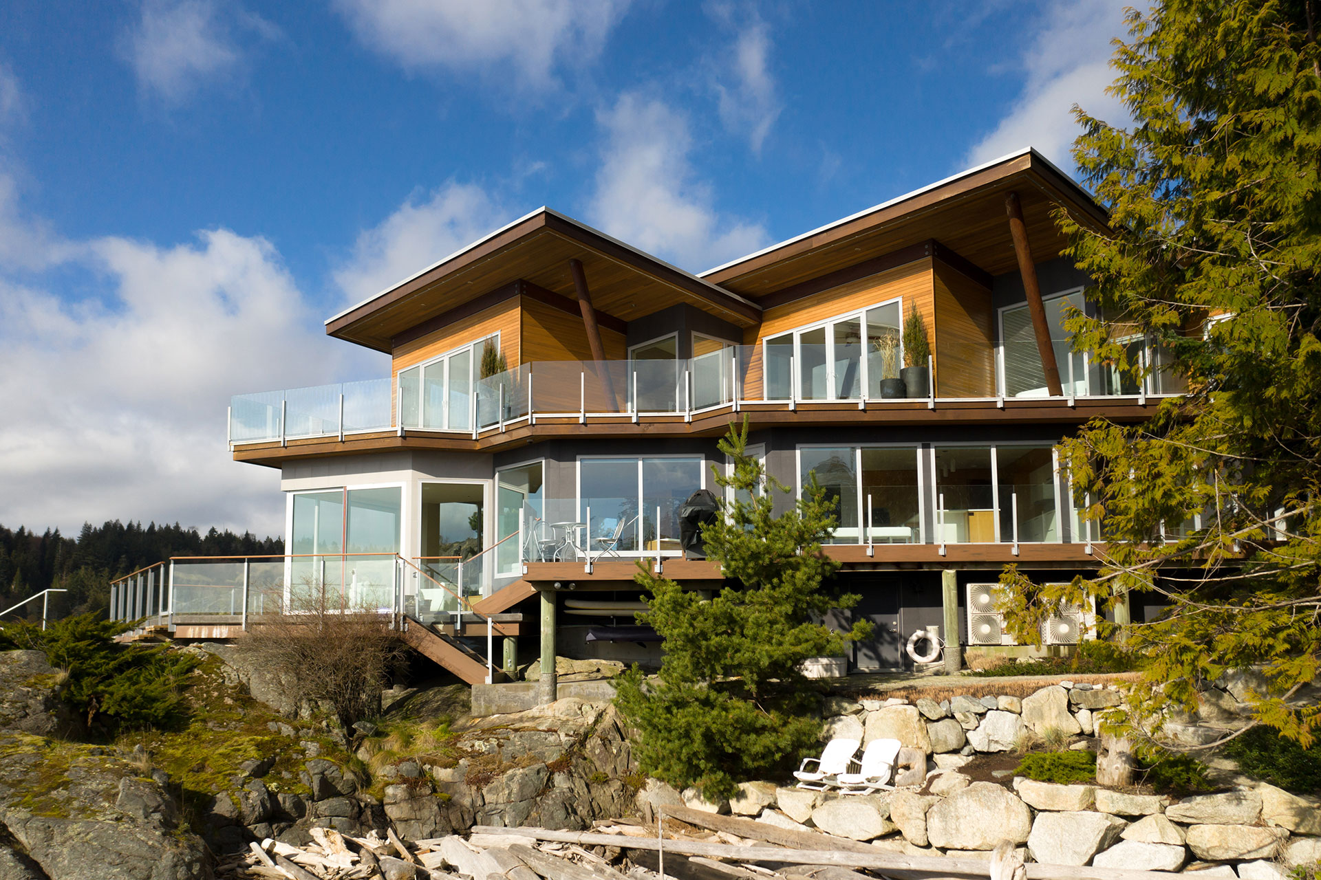 oceanfront Pointhouse Bed and Breakfast